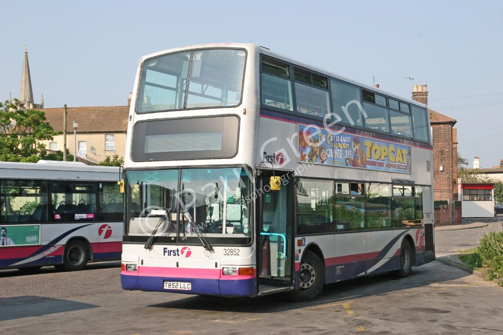 Buses in the Ipswich,Felixstowe and Harwich areas